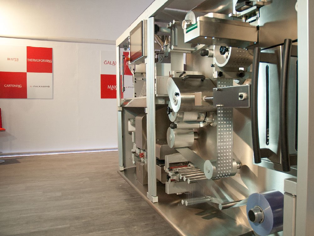 show room u-packaging blister machines